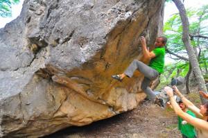 Brian Gilmore bouldering near Chalten